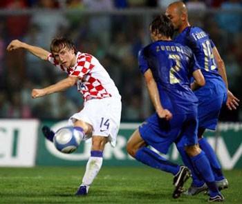 2006_08_16_Italy_Croatia_bg