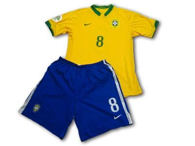 brazil_kaka_worn
