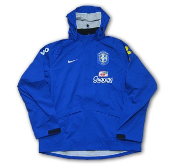 06Brazil_rainjacket